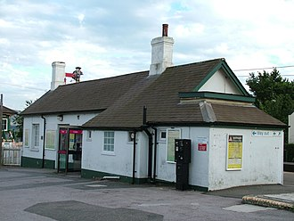 Berwick (Sussex) railway station - Main station building on platform 2, seen from the station approach
