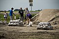 Beverly and Farley communities fill sandbags June 20, 2011 (5854882886).jpg