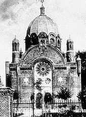 https://upload.wikimedia.org/wikipedia/commons/thumb/3/32/Bild-Synagoga_w_Rawiczu_1889.jpg/170px-Bild-Synagoga_w_Rawiczu_1889.jpg