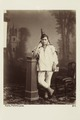 """Bild från familjen von Hallwyls resa genom Algeriet och Tunisien, 1889-1890. """"Tunis. Judisk kvinna - Hallwylska museet - 91995.tif"""