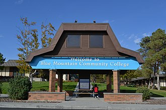 Blue Mountain Community College - Image: Blue Mountain Community College (Pendleton, Oregon)