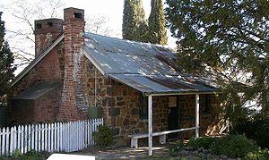 Blundells Cottage - Side exterior