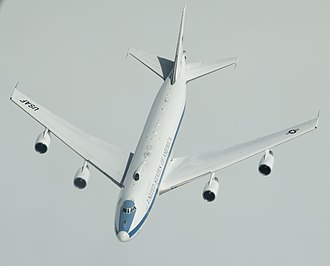 Boeing E-4 - An E-4B approaching a KC-10 Extender of Travis AFB in preparation for aerial refueling