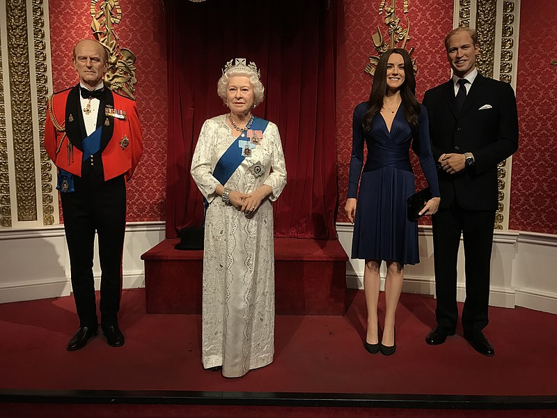 File: British Royal Family no Museu Madame Tussauds em Londres 2019-07-17.jpg