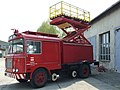 Brno, Řečkovice, montážní vůz s plošinou DPMB.JPG