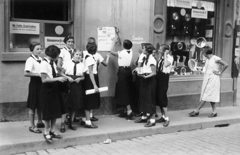 Bundesarchiv Bild 133-130, Worms, Jungmädelbund, Werbung