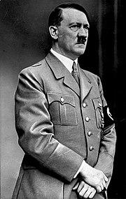 Adolf Hitler, cancelliere durante il Terzo Reich.