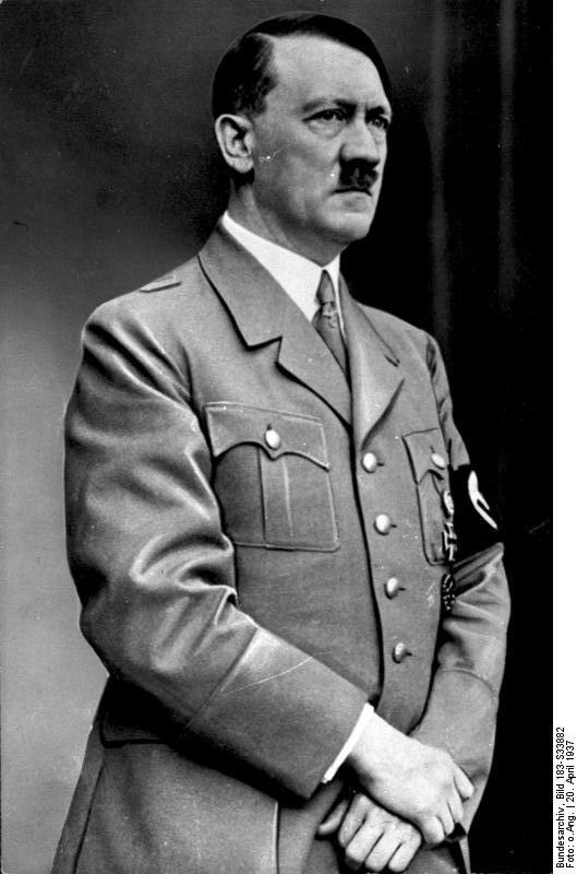 Bundesarchiv Bild 183-S33882, Adolf Hitler