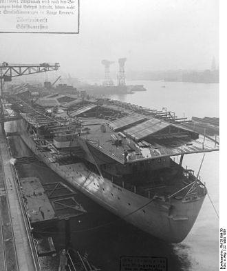 Project Graf Zeppelin '09 on Unified Team Diving 330px-Bundesarchiv_RM_25_Bild-30%2C_Flugzeugtr%C3%A4ger_%22Graf_Zeppelin%22%2C_Bau