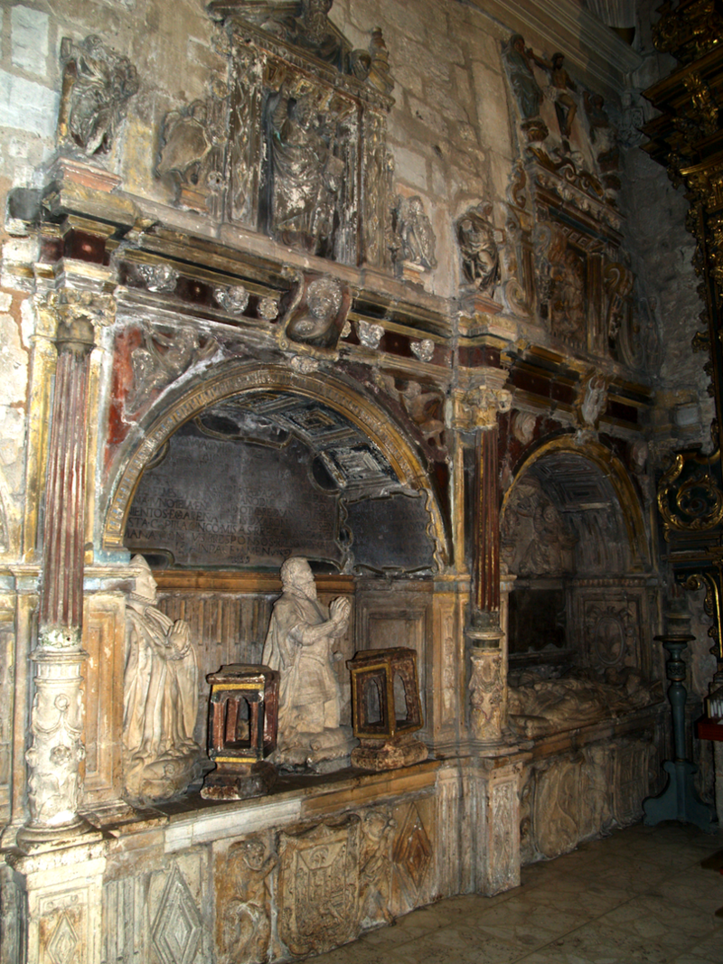 Burgos San Lesmes. sepulcros.TIF
