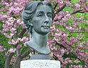 Bust of Cosima Wagner.jpg