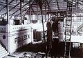 COLLECTIE TROPENMUSEUM Montage van een grote boogzender van Radiostation Malabar TMnr 60019332.jpg