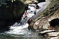 Cachoeira em Cambury - panoramio.jpg