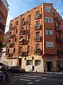 Calle de Ceuta esquina calle del Conde de Vallellano, edificio.jpg