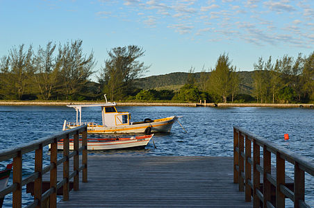 A watercourse with beautiful scenery and boats found in Cabo Frio (Rio de Janeiro)