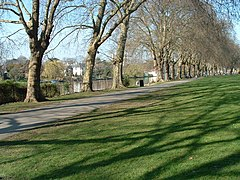 Canbury Gardens Kingston Upon Thames - geograph.org.uk - 358309.jpg