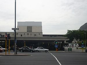 Cape Town station, Adderley Street.jpg