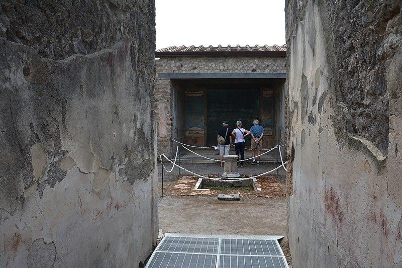 File casa della caccia antica pompei wlm 001 jpg for Planimetrie della casa antica