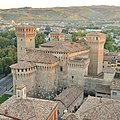 Castello Estense di Vignola.jpg