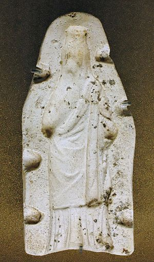 Greek terracotta figurines - Plaster key mold for the reverse side of a figurine of Demeter-Isis, Louvre