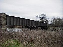 Castle Donington railway viaduct 2018 (2).jpg