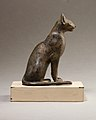 Cat figurine MET 30.8.104 EGDP014435.jpg