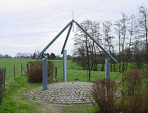 Nil-Saint-Vincent-Saint-Martin - Monument at the geographical centre of Belgium