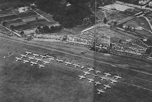 RWD 9 - The opening ceremony, from the left: Polish team, three-aircraft Czechoslovak team, German team. The Italian team had not arrived yet.