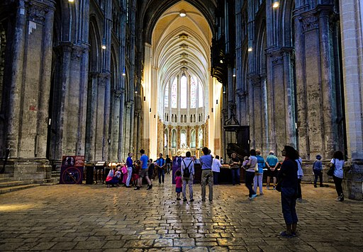 Chartres Cathedral Apse (224772667)