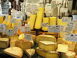 English: Cheese display in grocery store, Camb...