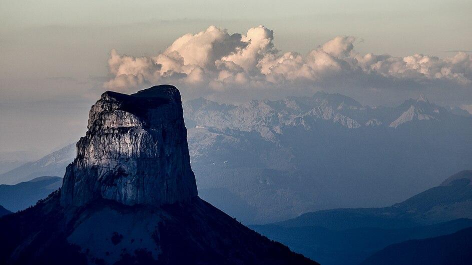Cheminée de montagne, Mont Aiguille.jpg