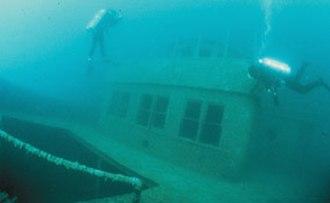 SS Chester A. Congdon - Diving near the pilothouse of the Congdon
