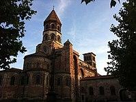 Chevet de Saint-Julien de Brioude.jpg
