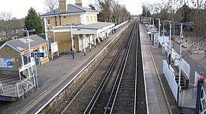 Chiswick railway station - Image: Chiswick station 7014 5