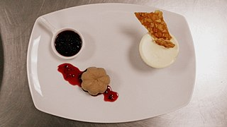 File:Chocolate Mousse with Frozen Soufflé and Berry compote (5).jpg