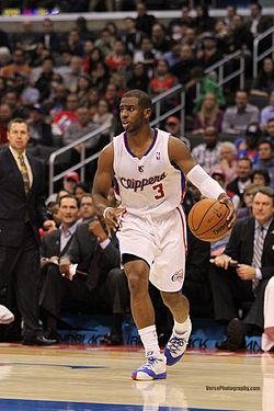 Chris Paul dribble 20131118 Clippers v Grizzles.jpg