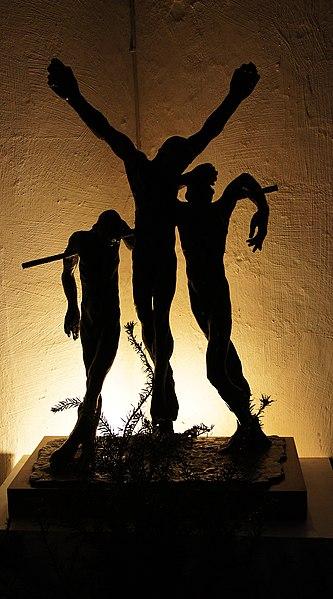 File:Christ Sculpture, Cambridge (7063878723).jpg