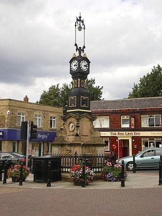 Heckmondwike - Image: Clock, Market Street geograph.org.uk 1468223