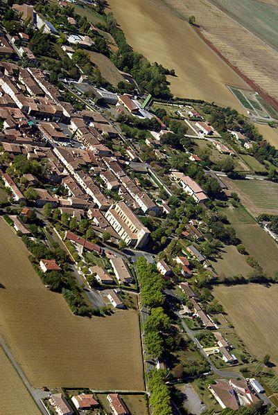 Vue aérienne de Cologne (Gers).