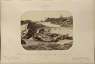 Huma das cachoeiras superiores de Paulo Affonso do lado esquerdo