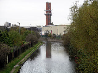 Coventry Canal 12n06.jpg