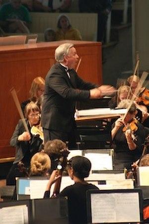 Craig Jessop - Craig Jessop conducting an orchestra