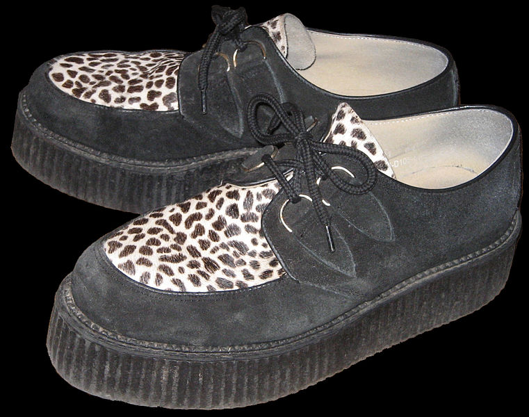 Archivo:Creepers shoes.jpg