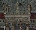 Cripta de Santa Eulalia, Catedral de Barcelona. (8249146203).jpg