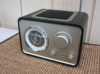 Crosley Radio - Modern Crosley radio – the CR3003A