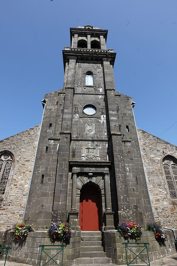 Crozon Église St-Pierre clocher 2.JPG