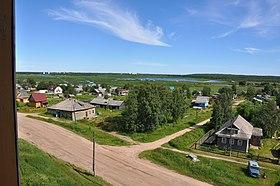Les installations millitaires sont situées à environ 2 km du village de Nyonoksa.