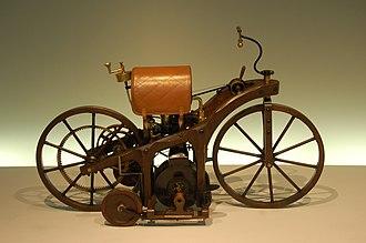 Otto engine - 1885 Daimler's Petroleum Reitwagen