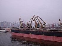 Dalian harbour.JPG