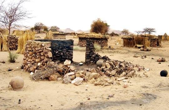 Darfur report - Page 2 Image 1